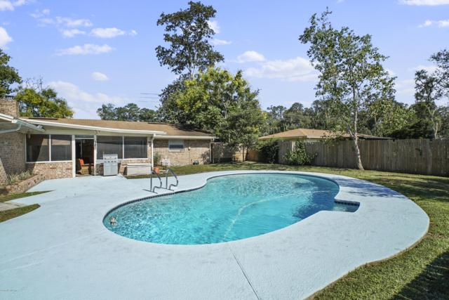 2850 Greenridge Rd, Orange Park, FL 32073 (MLS #958888) :: Perkins Realty