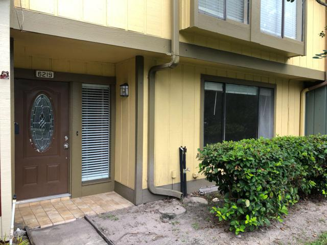6219 Lake Lugano Dr #6219, Jacksonville, FL 32256 (MLS #959404) :: EXIT Real Estate Gallery