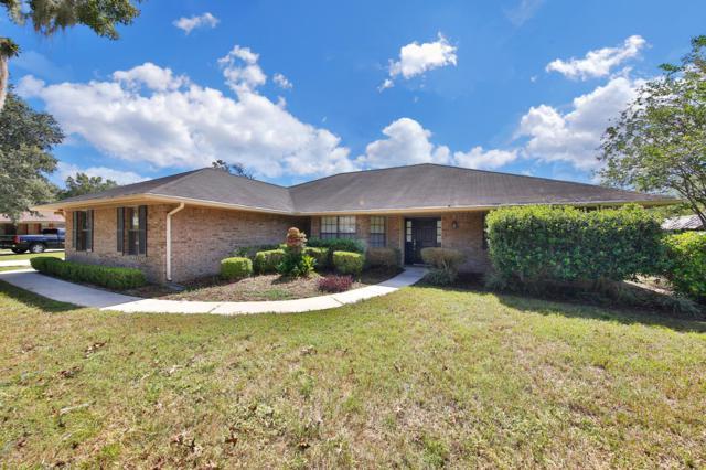 4120 Pony Express Ln, Jacksonville, FL 32223 (MLS #959666) :: EXIT Real Estate Gallery