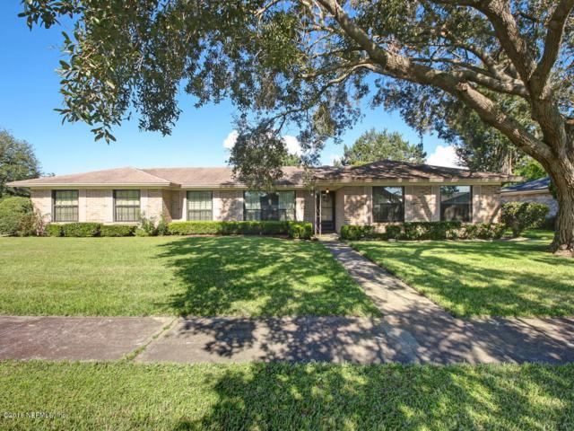 147 Quarton Dr, Orange Park, FL 32073 (MLS #959960) :: EXIT Real Estate Gallery