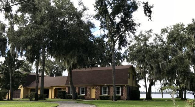 2109 N Lakeshore Dr, Fleming Island, FL 32003 (MLS #960386) :: EXIT Real Estate Gallery