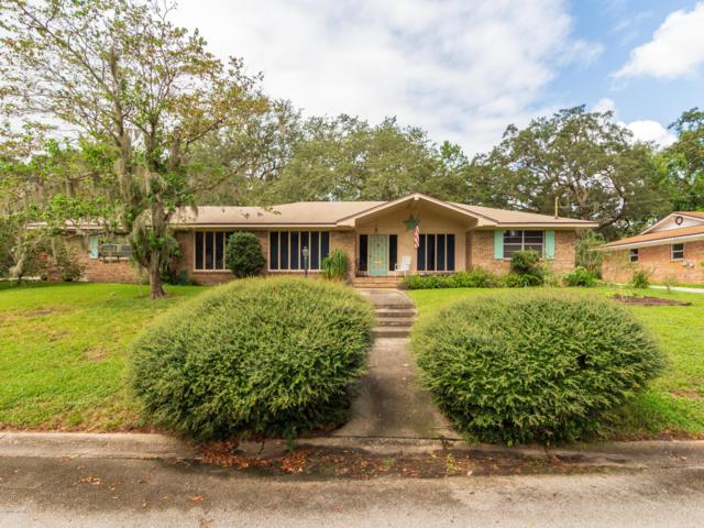 3954 Kaden Dr E, Jacksonville, FL 32277 (MLS #960408) :: The Hanley Home Team