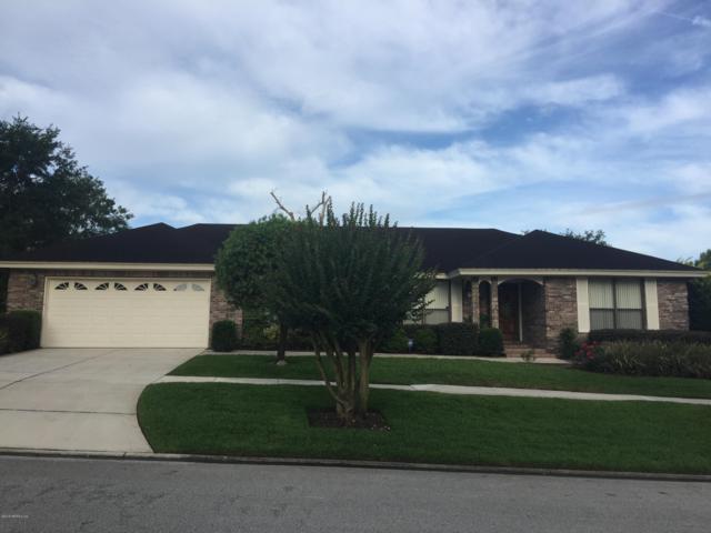 9126 Barnstaple Ln, Jacksonville, FL 32257 (MLS #960441) :: EXIT Real Estate Gallery