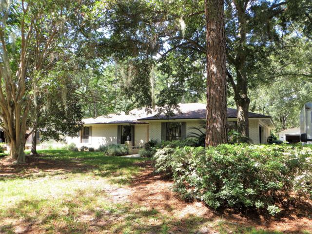 17296 Holmes Mill Ave, Jacksonville, FL 32226 (MLS #960614) :: CrossView Realty