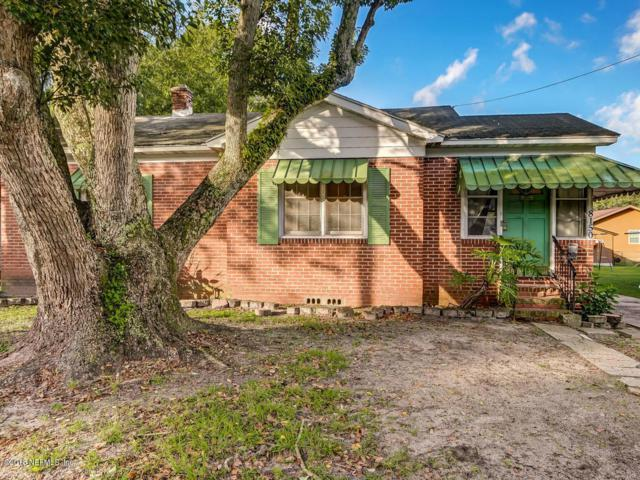 8150 Lexington Dr, Jacksonville, FL 32208 (MLS #960623) :: Memory Hopkins Real Estate