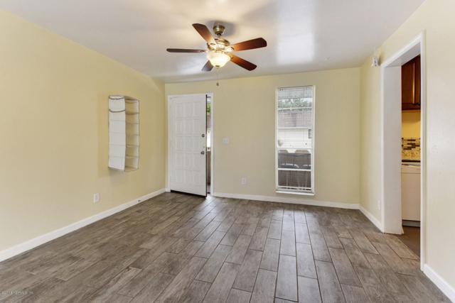 1646 El Prado Rd #3, Jacksonville, FL 32216 (MLS #961297) :: Berkshire Hathaway HomeServices Chaplin Williams Realty