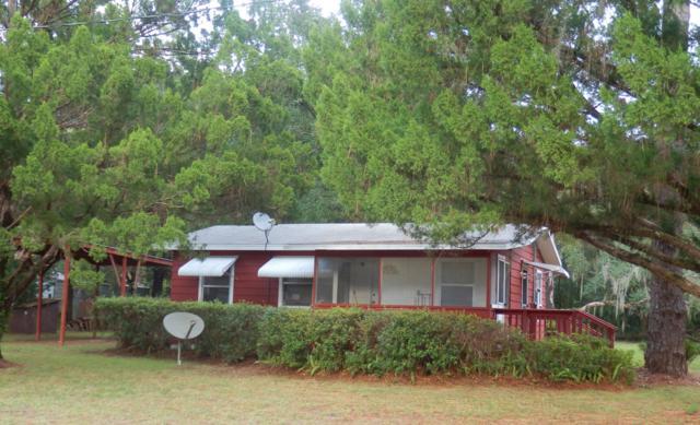 1134 Bryant Ave, Welaka, FL 32193 (MLS #961797) :: The Hanley Home Team