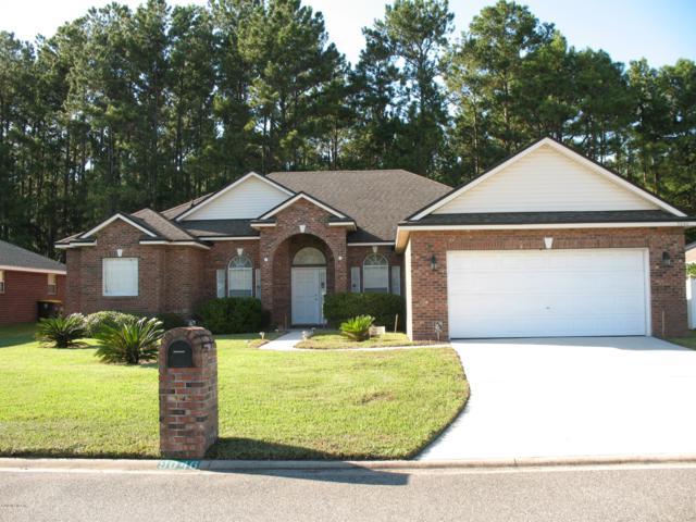 9046 Hawkeye Dr, Jacksonville, FL 32221 (MLS #962846) :: Memory Hopkins Real Estate