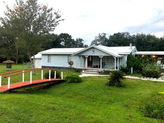 124 E Grandview Dr, East Palatka, FL 32131 (MLS #963068) :: EXIT Real Estate Gallery