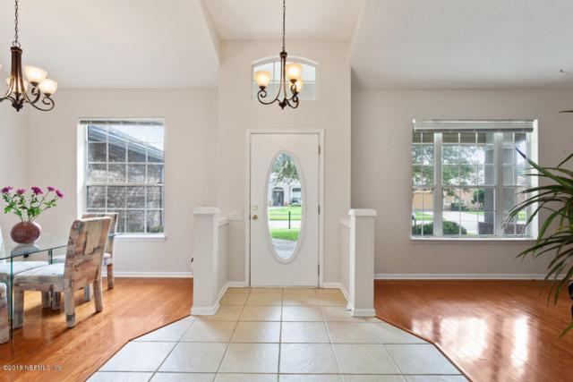 10569 Roundwood Glenn Ct, Jacksonville, FL 32256 (MLS #964278) :: Ancient City Real Estate