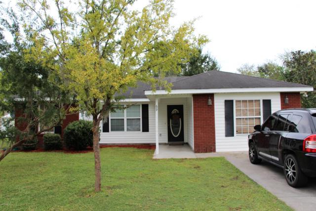 69 N 1ST St N, Macclenny, FL 32063 (MLS #964519) :: Memory Hopkins Real Estate