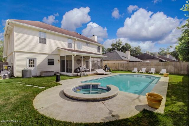 9338 Jaybird Cir E, Jacksonville, FL 32257 (MLS #966143) :: Ancient City Real Estate