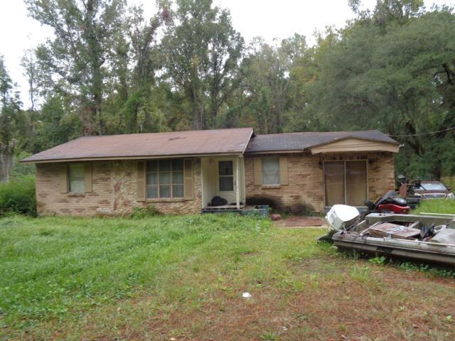 45131 R Jones Rd, Callahan, FL 32011 (MLS #966174) :: Memory Hopkins Real Estate