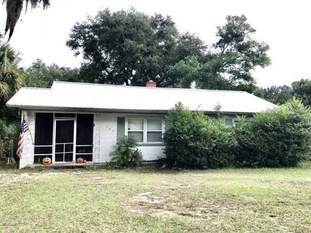 305 Fern St, Palatka, FL 32177 (MLS #966561) :: Ancient City Real Estate