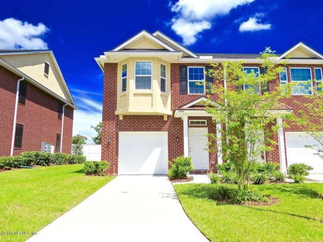 1599 Landau Rd, Jacksonville, FL 32225 (MLS #966630) :: 97Park
