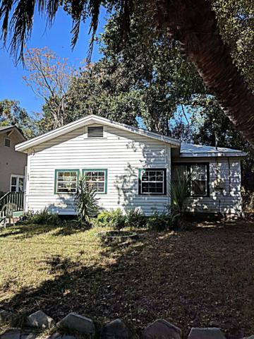1067 Lake Forest Blvd, Jacksonville, FL 32208 (MLS #967226) :: Memory Hopkins Real Estate