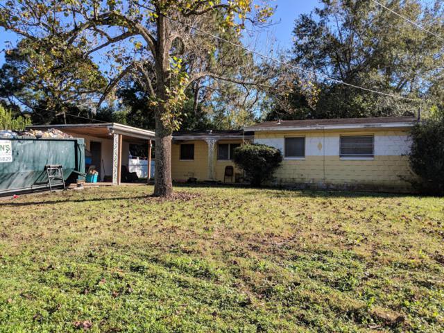 5020 Dallen Lea Dr, Jacksonville, FL 32208 (MLS #967589) :: The Hanley Home Team