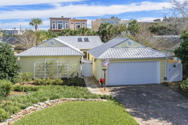 1767 Seminole Rd, Atlantic Beach, FL 32233 (MLS #969877) :: Memory Hopkins Real Estate