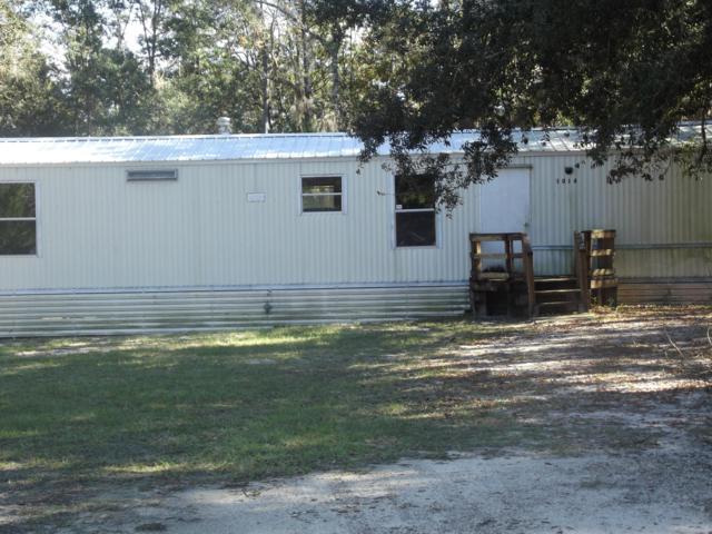 1014 Selma Ave, Interlachen, FL 32148 (MLS #969972) :: The Edge Group at Keller Williams