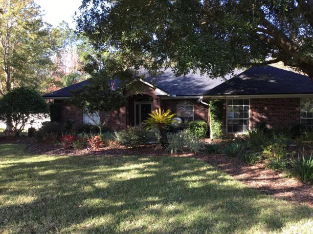 1052 Pebble Ridge Dr, Jacksonville, FL 32220 (MLS #970142) :: Memory Hopkins Real Estate