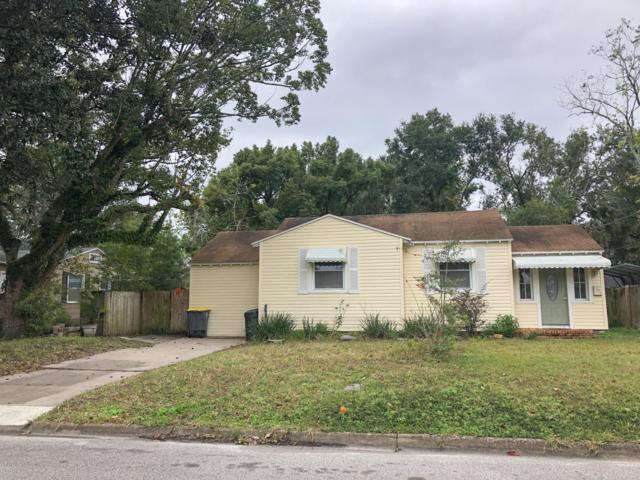 2424 Ridgewood Rd, Jacksonville, FL 32207 (MLS #970278) :: The Hanley Home Team