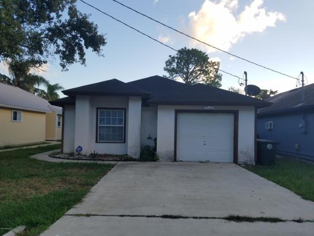 76 W 7TH St, Atlantic Beach, FL 32233 (MLS #970638) :: Memory Hopkins Real Estate