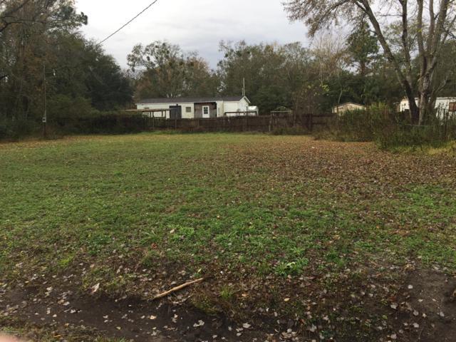 14214 Hollings St, Jacksonville, FL 32218 (MLS #971634) :: Memory Hopkins Real Estate