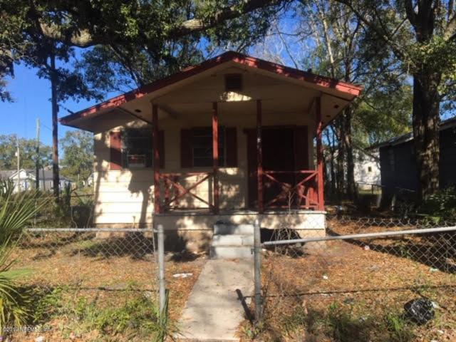 1187 W 3RD St, Jacksonville, FL 32209 (MLS #973966) :: The Hanley Home Team