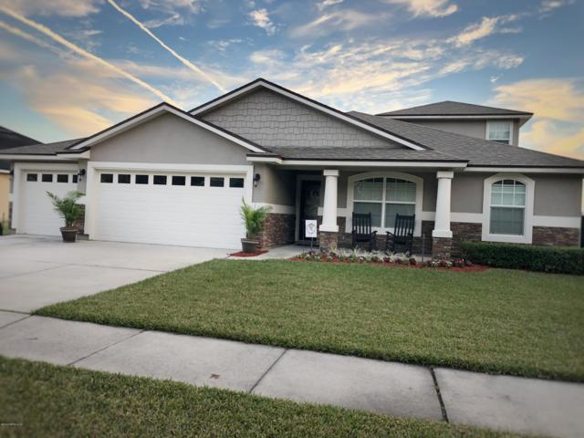 2476 Royal Pointe Dr, GREEN COVE SPRINGS, FL 32043 (MLS #975478) :: Berkshire Hathaway HomeServices Chaplin Williams Realty