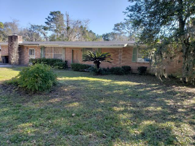 6131 Old Middleburg Rd S, Jacksonville, FL 32222 (MLS #976309) :: The Hanley Home Team