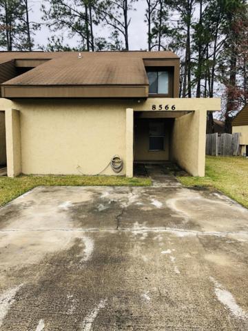 8566 Pineverde Ln, Jacksonville, FL 32244 (MLS #978009) :: The Hanley Home Team