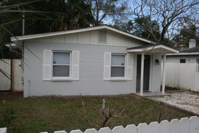 1917 Mealy St, Atlantic Beach, FL 32233 (MLS #978970) :: Coldwell Banker Vanguard Realty