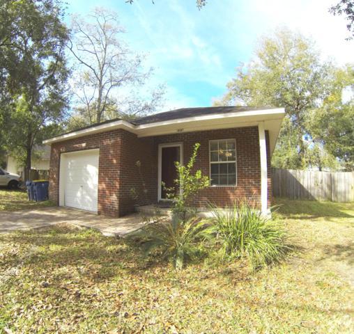 10597 Oak Crest Dr, Jacksonville, FL 32225 (MLS #979083) :: The Hanley Home Team
