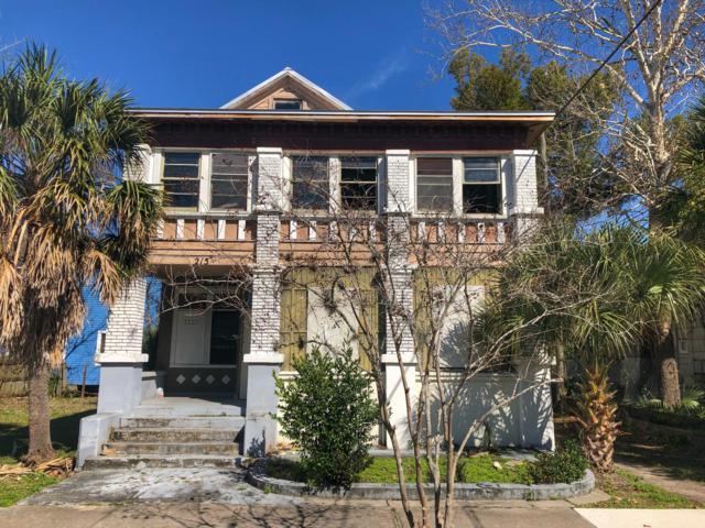 215 E 3RD St, Jacksonville, FL 32206 (MLS #979752) :: The Edge Group at Keller Williams