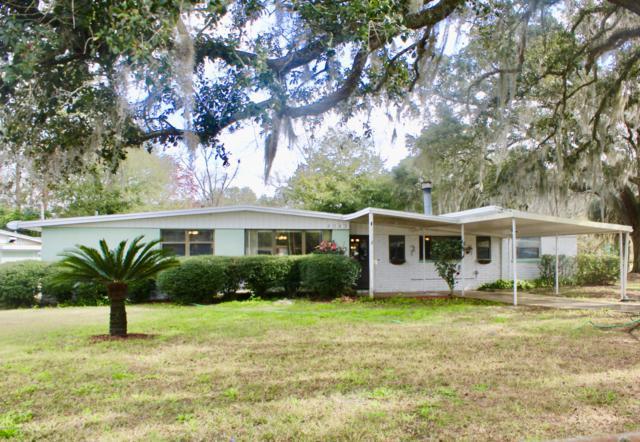 8043 Patou Dr S, Jacksonville, FL 32210 (MLS #979981) :: The Hanley Home Team