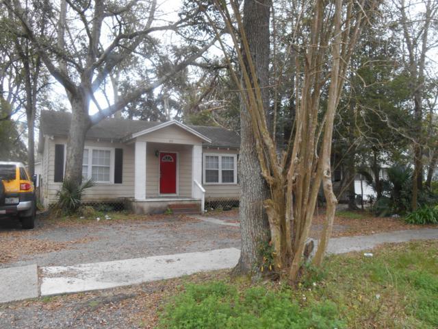 975 Allison St, Jacksonville, FL 32254 (MLS #980416) :: The Hanley Home Team