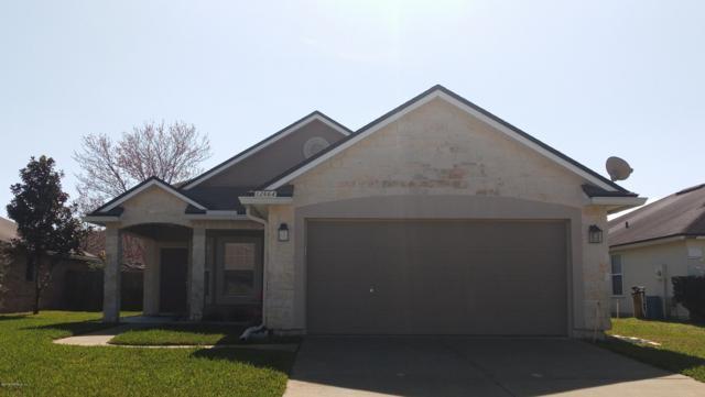 12664 Holly Springs Ct, Jacksonville, FL 32246 (MLS #980931) :: CrossView Realty