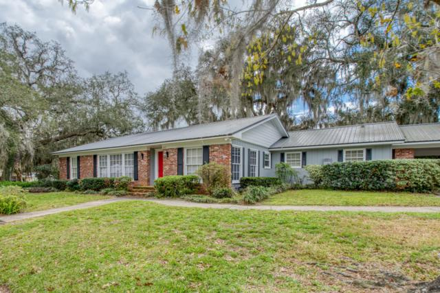 1917 Carr St, Palatka, FL 32177 (MLS #981018) :: Memory Hopkins Real Estate