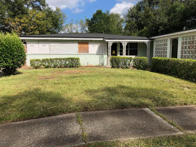 4815 Fredericksburg Ave, Jacksonville, FL 32208 (MLS #981548) :: The Hanley Home Team