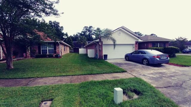 7695 Lookout Point Dr, Jacksonville, FL 32210 (MLS #982819) :: EXIT Real Estate Gallery