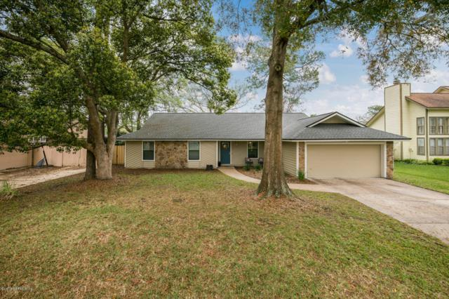 7212 Holiday Hill Ct, Jacksonville, FL 32216 (MLS #983050) :: EXIT Real Estate Gallery