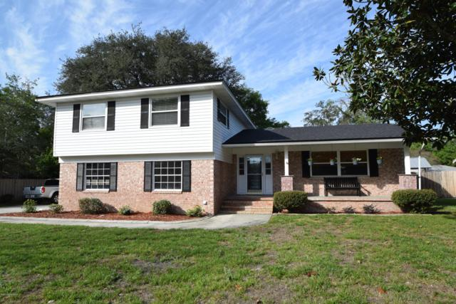 2734 River Oak Dr, Orange Park, FL 32073 (MLS #984658) :: EXIT Real Estate Gallery