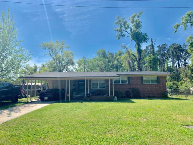 7438 Skye Dr S, Jacksonville, FL 32221 (MLS #984753) :: Ponte Vedra Club Realty | Kathleen Floryan