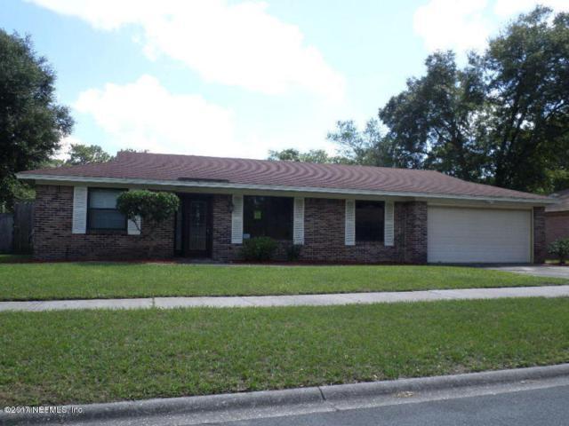 4861 Lofty Pines Cir W, Jacksonville, FL 32210 (MLS #984984) :: The Hanley Home Team