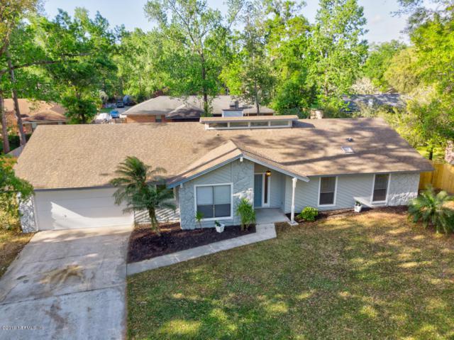 11647 Edgemere Dr, Jacksonville, FL 32223 (MLS #985244) :: The Hanley Home Team