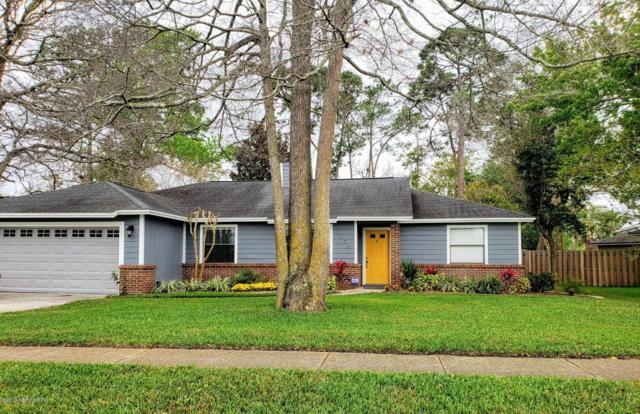 2626 Dahlonega Dr, Jacksonville, FL 32224 (MLS #985250) :: The Hanley Home Team