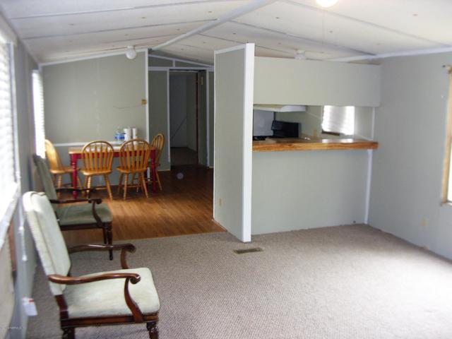 1038 Bob White Dr, Middleburg, FL 32068 (MLS #985457) :: The Hanley Home Team