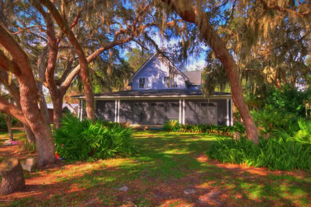 24374 NE 151 Pl, Fort Mccoy, FL 32134 (MLS #985953) :: CrossView Realty