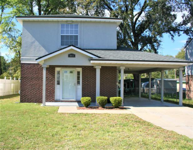 1017 Crestwood St, Jacksonville, FL 32208 (MLS #985969) :: The Hanley Home Team