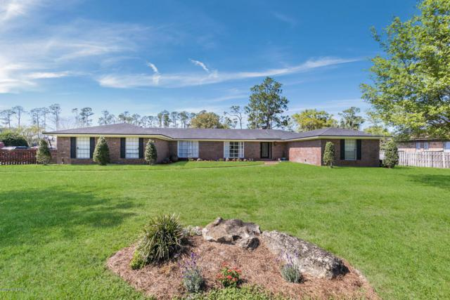 8216 Hunters Grove Rd, Jacksonville, FL 32256 (MLS #985970) :: The Edge Group at Keller Williams